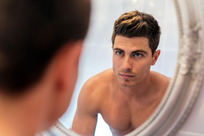 Marriage Equality, Social Media Helping Drive Male Makeup Trend
